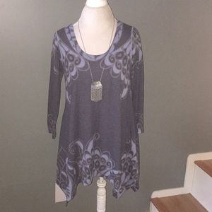 Philosophy gray and blue tunic top size large